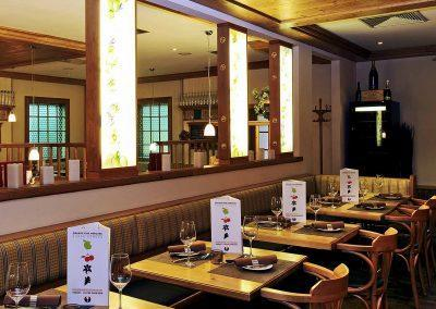 Mercure Hotel Stuttgart Sindelfingen an der Messe Weinstube Schwippe Tischreihe
